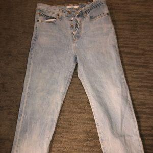 Ugh wash Levi Jeans straight leg